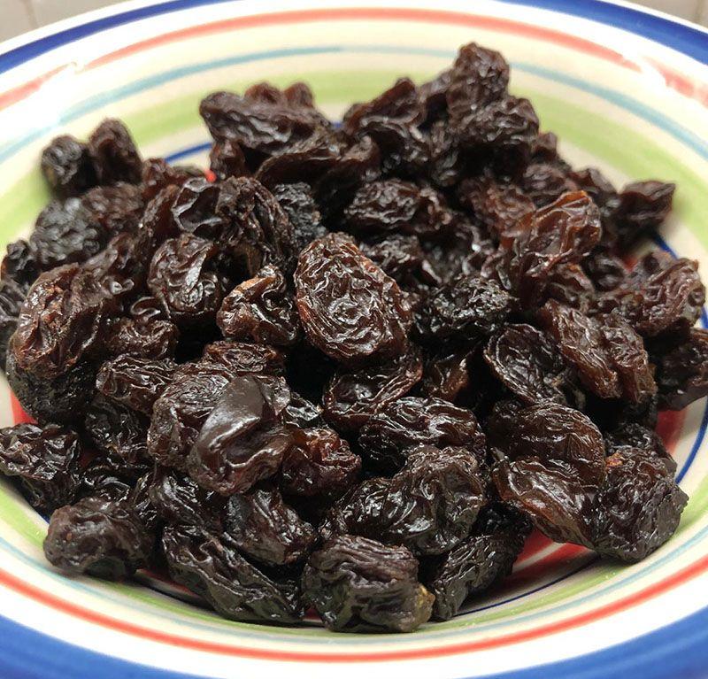 Pasas de uva negras Jumbo sin semillas