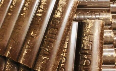 Chocolate Aguila SEMIAMARGO suelto x 300 gr